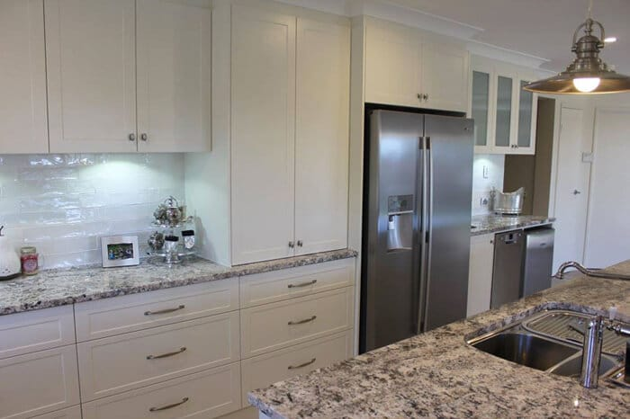 Two-pack kitchen cabinet