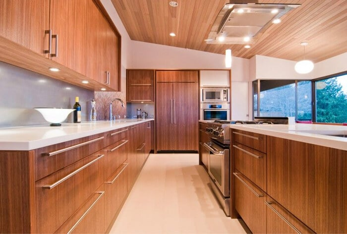 Wood veneer kitchen cabinet