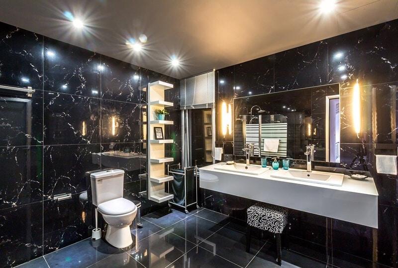 Bathroom Fitting-Summer-Interior-Villa-Hotel-Bathroom-Luxury
